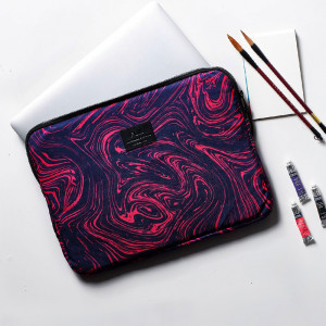 LapTop Cover-Fuchsia Marble-15.6 Inch