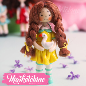 Keychain-Girl With Duck