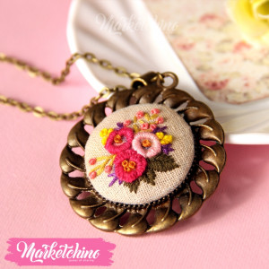 Necklace Flowers Circle